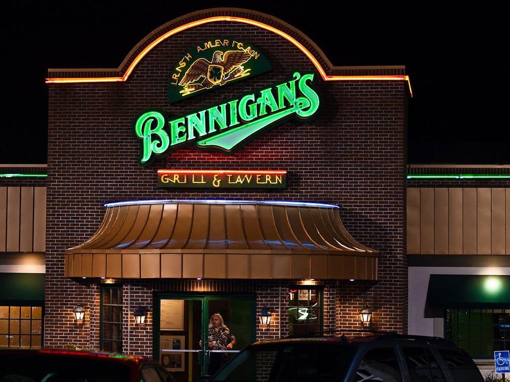 10. Bennigan's