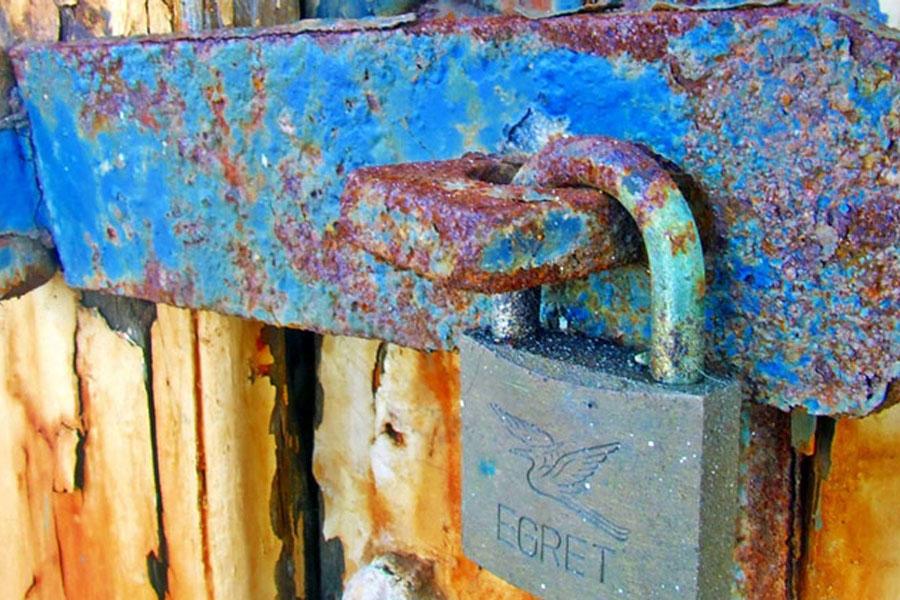 14. Oxidized Locks